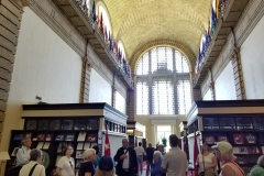 Colin-Powell-library