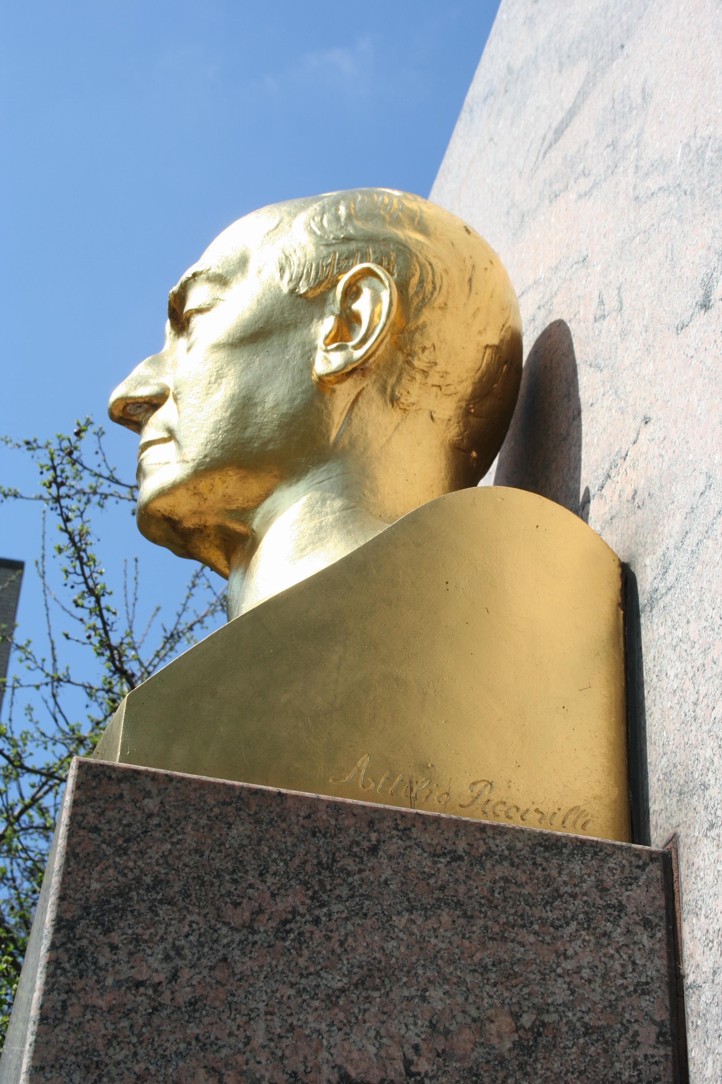 Marconi-sculptor